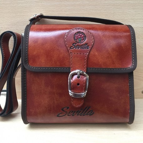 HANGING BAG WITH MAGNET & BUCKLE CLOSURE. RECYCLED LEATHER. SEVILLE. 801
